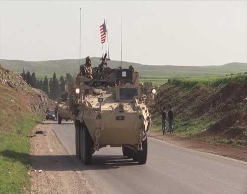 لأول مرة.. القوات الأميركية تقترب من حاجز للنظام السوري بالحسكة