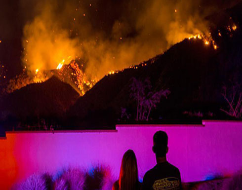 """منازل كاليفورنيا المتضررة من الحرائق """"ضحية"""" جديدة لرسوم ترامب"""