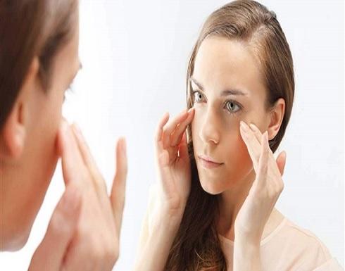 الفازلين قبل البكاء.. 5 قواعد غريبة لـ الإتيكيت عند البنات