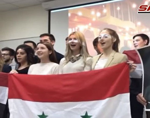 بالفيديو.. روسيات يؤدين أغنية سورية شهيرة!