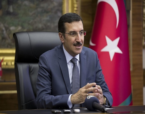 تركيا تتوقع أن تعرف يوم الاثنين إن كانت معفاة من العقوبات على إيران