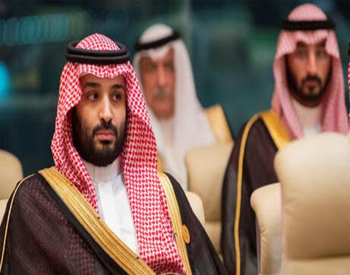 ولي العهد السعودي يصطحب أمير قطر بسيارته في جولة في محافظة العلا .. شاهد
