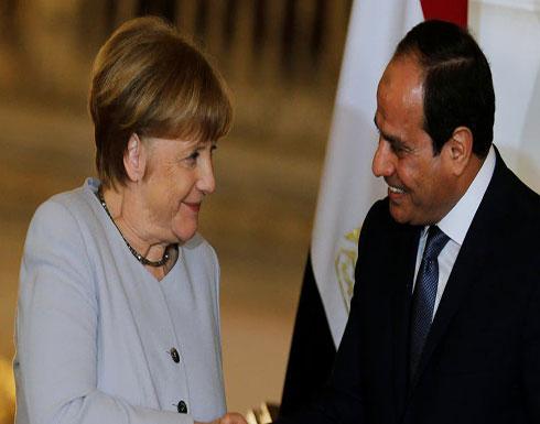 ميركل تؤكد للسيسي دعم حل سياسي بليبيا ورفض اَي تدخل أجنبي