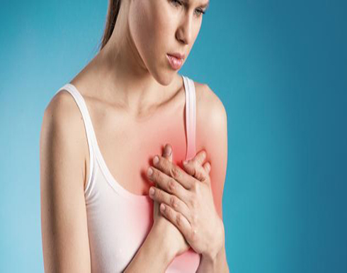 علاج وجع الثدي قبل الدورة الشهرية.. و4 أعراض خطيرة تحتاج لطبيب