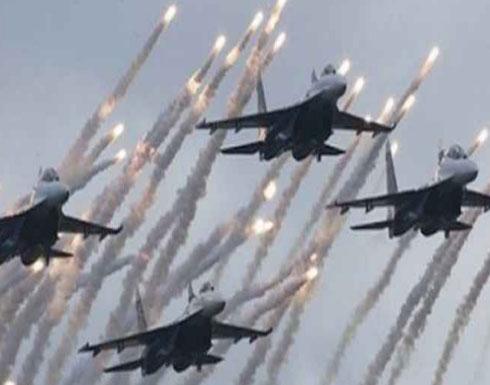 قصف سوري روسي لقوات تدعمها أمريكا بدير الزور