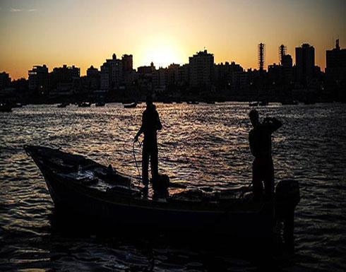 نقابي فلسطيني: البحرية المصرية تحتجز 4 صيادين قبالة شاطئ غزة