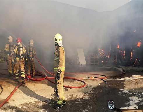 شاهد : حريق كبير في مصفاة نفطية جنوب العاصمة الايرانية طهران