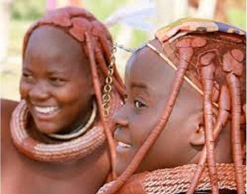 """""""ليالي حمراء"""" قبيلة أفريقية تهدي الزوجات للضيف الزائر"""