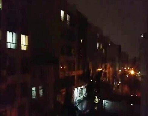 وسائل إعلام إيرانية: سماع صفارات الإنذار غرب العاصمة الإيرانية طهران .. بالفيديو