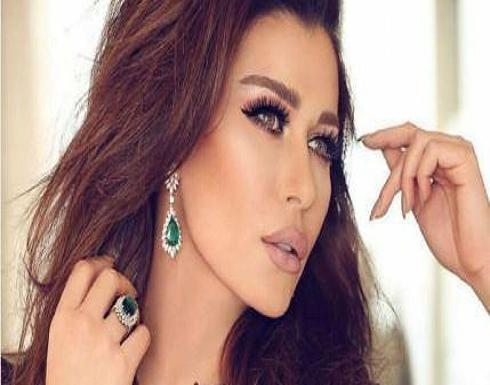 نادين الراسي تستعين بانجلينا جولي للرد بقسوة على المتنمرين من زواجها !!