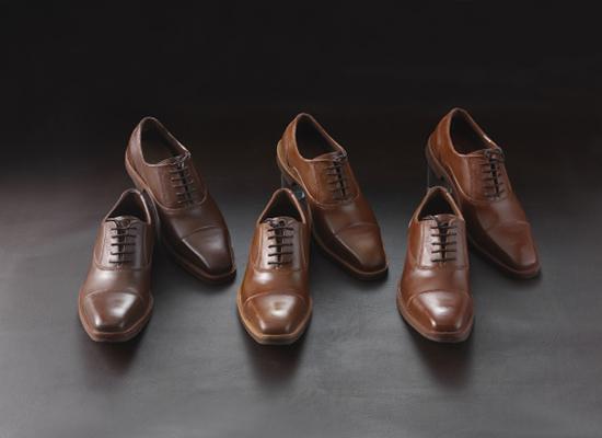 بالصور: أحذية من الشوكولاتة ثمنها يفوق الأحذية الحقيقية!
