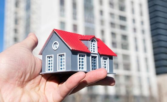 العواملة : توقع ببيع 35 ألف شقة مع نهاية العام