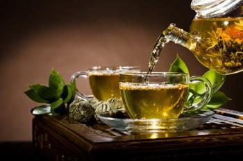 احذر الشاي الأخضر مع هذه المأكولات