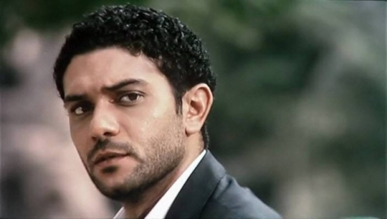 بالفيديو - آسر ياسين يكشف عن تعرضه لموقف قاسي مع ابنه وكيف غير حياته
