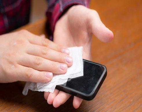 طرق لتعقيم هاتفك الذكي بعد تفشي فيروس كورونا