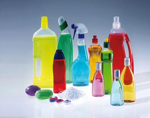 المنظفات المنزلية الكيميائية... نتائج سريعة مقابل أضرار عديدة!