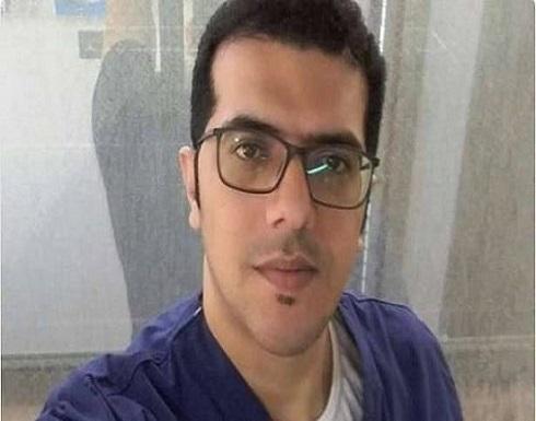 فلسطيني يعيد لسيدة سعودية 100 ألف ريال حولتها له خطأ