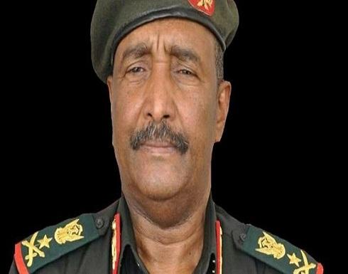 تعرف على البرهان.. رئيس المجلس العسكري السوداني الجديد