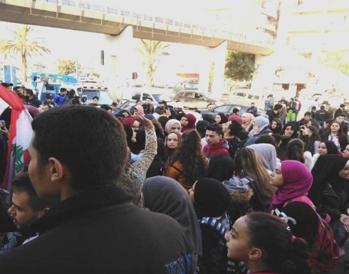 تجمع الساحات.. حراك لبنان يعود بزخم أكبر مع قرب الاستشارات