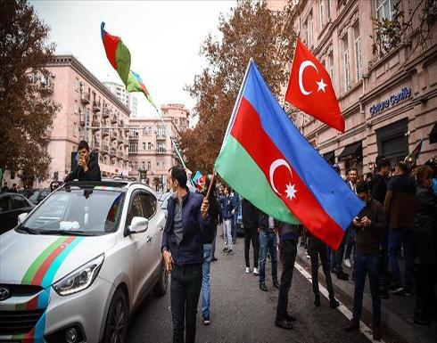 شاهد : علييف يعلن رفع الأذان من جديد بعد تحرير شوشة واحتفالات بتحريرها