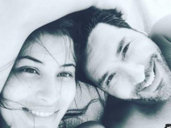 خلال شهر عسله.. وسام بريدي ينشر صورة طفلين!