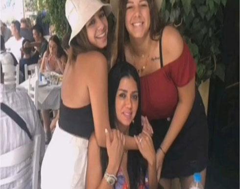 رانيا يوسف تنشر فيديو لها مع بناتها .. فيديو