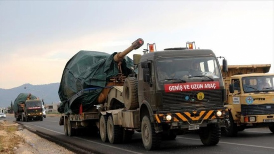 الجيش التركي يواصل إرسال تعزيزاته إلى الحدود السورية