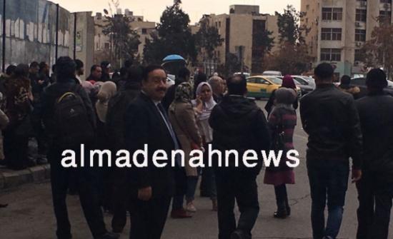 صورة : النائب جمال قمو يذهب إلى المجلس بالباص ويعود بالباص ( لماذا )