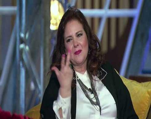 تطورات الحالة الصحية للفنانة دلال عبد العزيز .. ما زالت تحتاج الأكسجين بصفة مستمرة