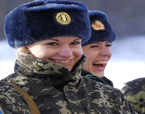 """روسيا """"تحرم"""" جنودها من الهواتف الذكية"""