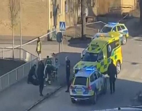 لحظة اعتقال منفذ الهجوم المسلح في مدينة فيتلاندا السويدية .. بالفيديو