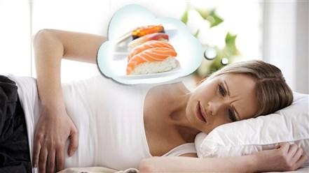 كيف يمكن معالجة التسمم الغذائي في المنزل؟