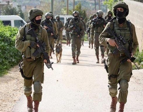 قوات الاحتلال تشن حملة اعتقالات ومداهمات بالضفة والقدس