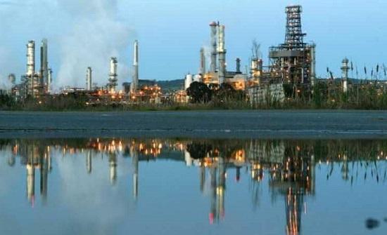 النفط يسجل أسوأ أداء شهري منذ 2016