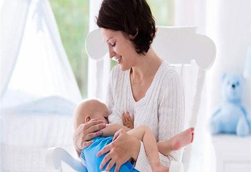 5 نصائح لتنجحي في الرضاعة الطبيعية