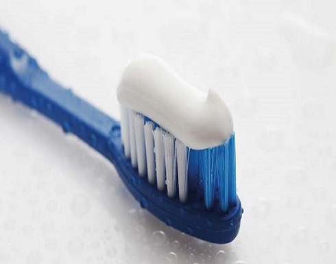 معلومات جديدة عن مخاطر معاجين الأسنان