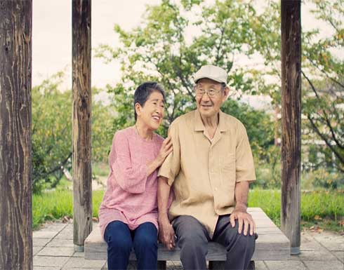 اليابان تسجل رقما قياسيا جديدا بأكثر من 86 ألف مُعمر