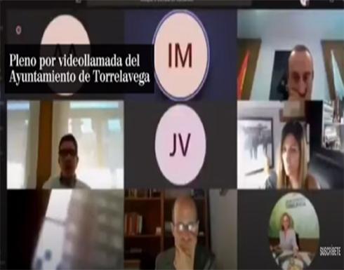 مسؤول إسباني يقدم استقالته عقب استحمامه خلال اجتماع عبر الإنترنت - فيديو