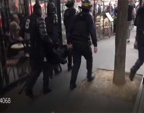 شاهد : اشتباكات عنيفة بين الشرطة ومحتجين على قيود كورونا في باريس