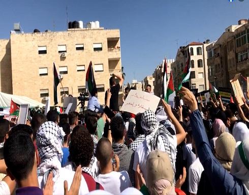 لليوم الرابع .. وقفة قرب السفارة الاسرائيلية في عمان تضامنا من القدس