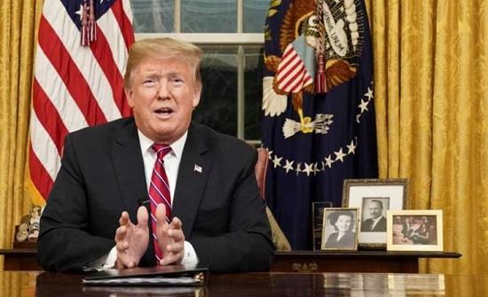 ترامب يحث الكونغرس على تمويل الجدار الحدودي مع المكسيك ويتجنب إعلان الطوارئ