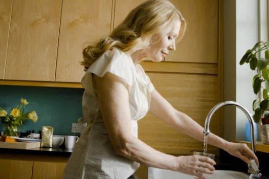 فلاتر المياه تسبب ضرراً أكثر مما تفيد!