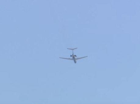 شاهد ..  تحليق الطائرة الروسية فوق البيت الأبيض!