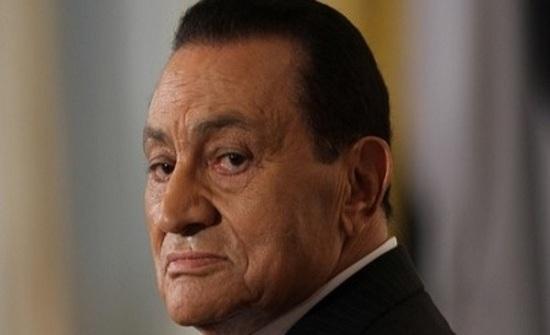 صورة تكشف كيف احتفل مبارك بعيده التسعين