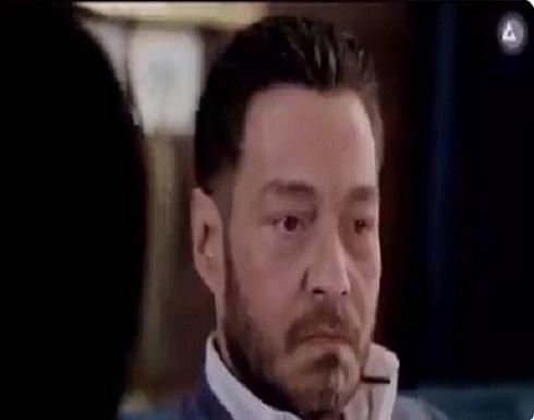 """بالفيديو: مسلسل """"البرنس""""يتعرض للسخرية من جديد .. والسبب """"أًُذنا"""" أحمد زاهر !"""