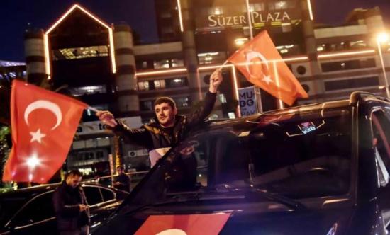 اعتقال أكثر من مئة من اعضاء أكبر حزب مؤيد للاكراد في تركيا بعد تفجيري اسطنبول