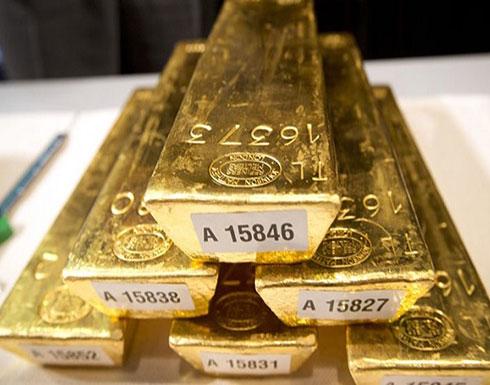 تراجع أسعار الذهب واستقرار الدولار بفعل آمال التجارة