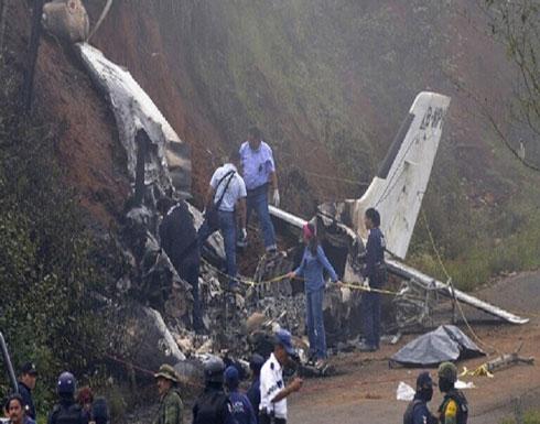 تحطم طائرة وسقوطها فوق حي سكني في الصين