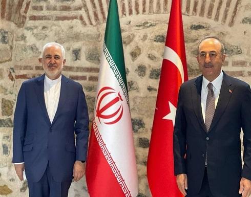 ظريف و جاويش اوغلو يبحثان القضايا الإقليمية والثنائية