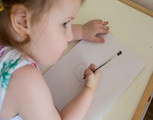 طفلة الـ3 أعوام تتفوق على ذكاء آينشتاين بـ10 نقاط